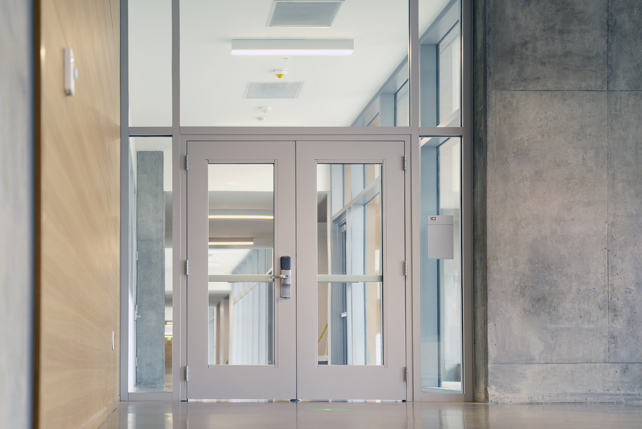 USA-made Fire Rated Glass Helps UC Merced Achieve Triple Zero Sustainability
